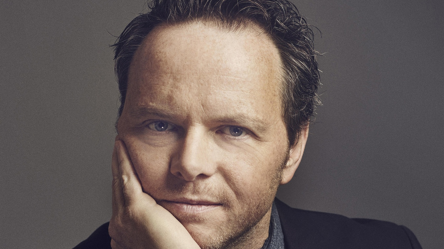 Writer-producer Noah Hawley, recently Emmy-nominated for both writing and directing in season two of Fargo, tells us how he gets so much writing done, why he doesn't ever want to work in broadcast TV again, and what he knows so far about Fargo season three.
