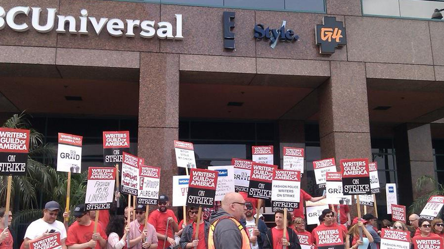 """The """"Fashion Police"""" writers go on strike. Also the WGA East charges Joan Rivers with violating Guild rules."""