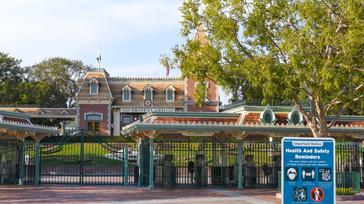 Disney's theme park in Anaheim, October 5, 2020. Disney and California are in a dispute about whether Disney's parks in the state can reopen during the coronavirus pandemic.