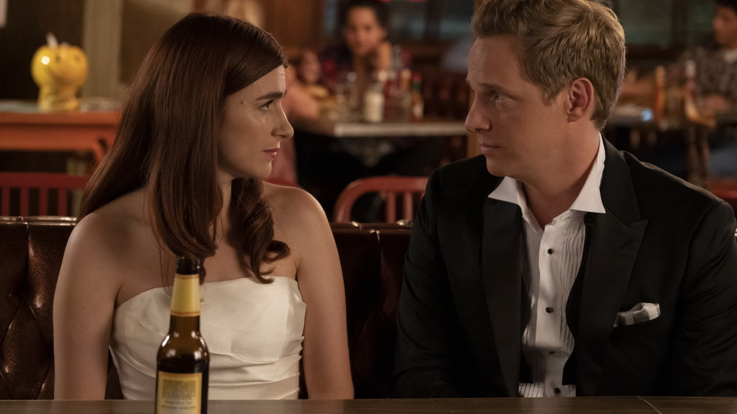 Aya Cash as Gretchen and Chris Geere as Jimmy in the series finale of 'You're the Worst.'
