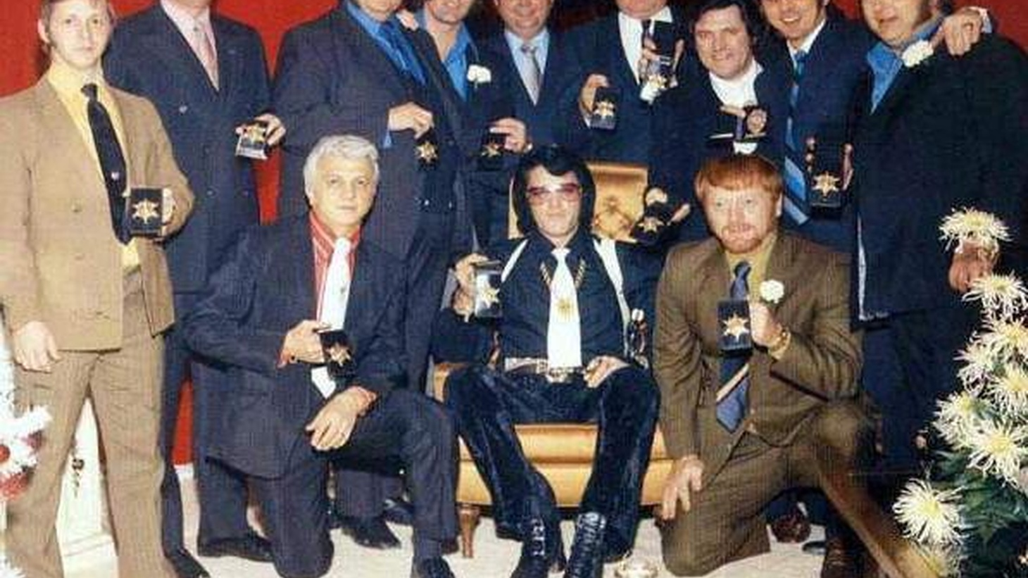 """As the HBO series Entourage begins its seventh season, we find out what goes on inside a real-life entourage with Jerry Schilling, a member of Elvis Presley's famed """"Memphis Mafia."""" Like the fictional entourage, Elvis' inner circle of homeboys lived with """"The King"""" and accompanied him everywhere as he negotiated life in the entertainment business."""