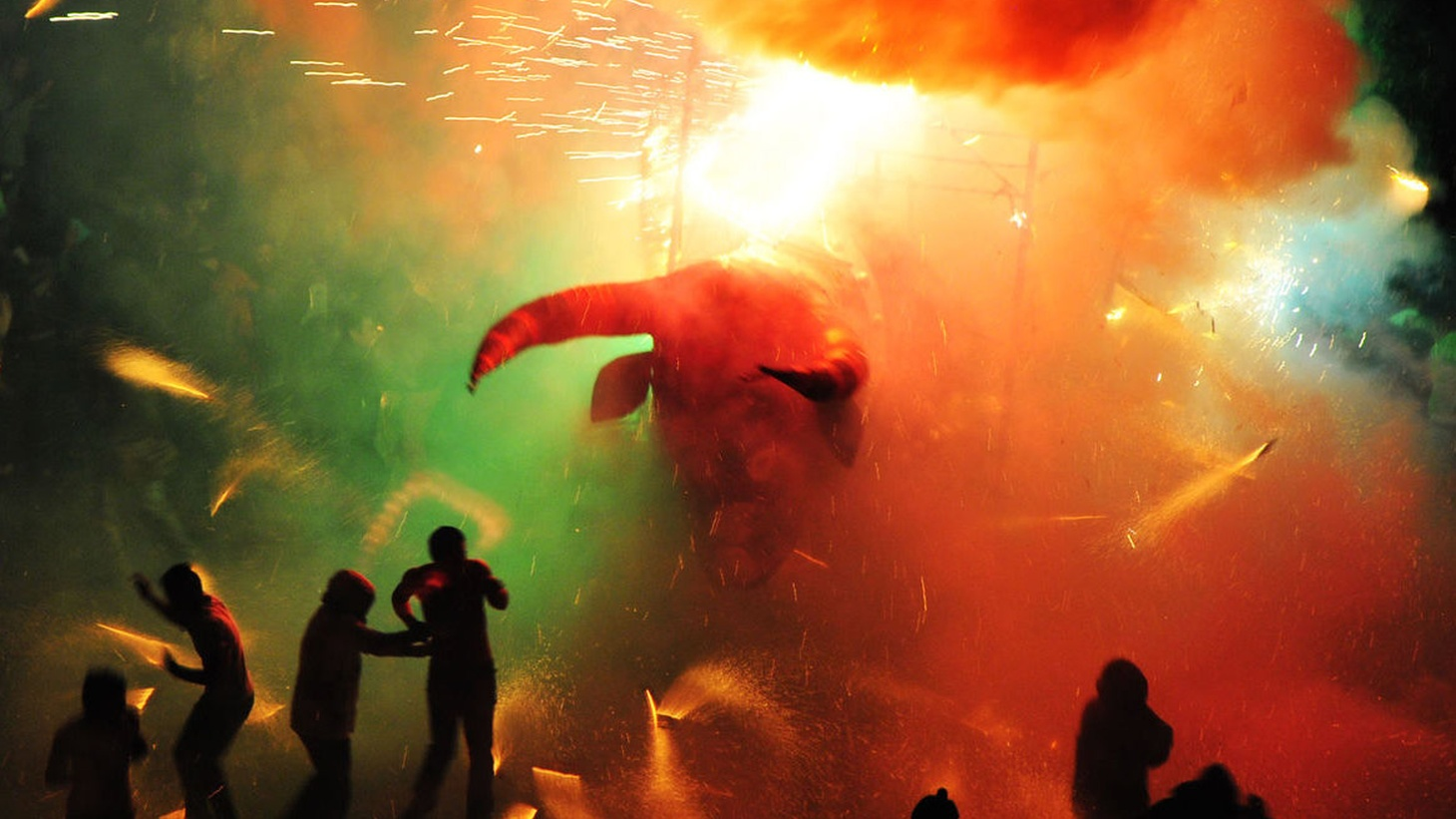 Brimstone and Glory is a fiery trip into a Mexican city's glorious orgy of fireworks.