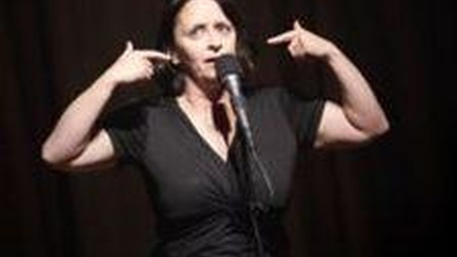One of the Blue Man Group connects with an audience member; Rachel Dratch meets a possible Mr. Right; a neuroscientist IDs patterns in the brains of psychopathic killers.