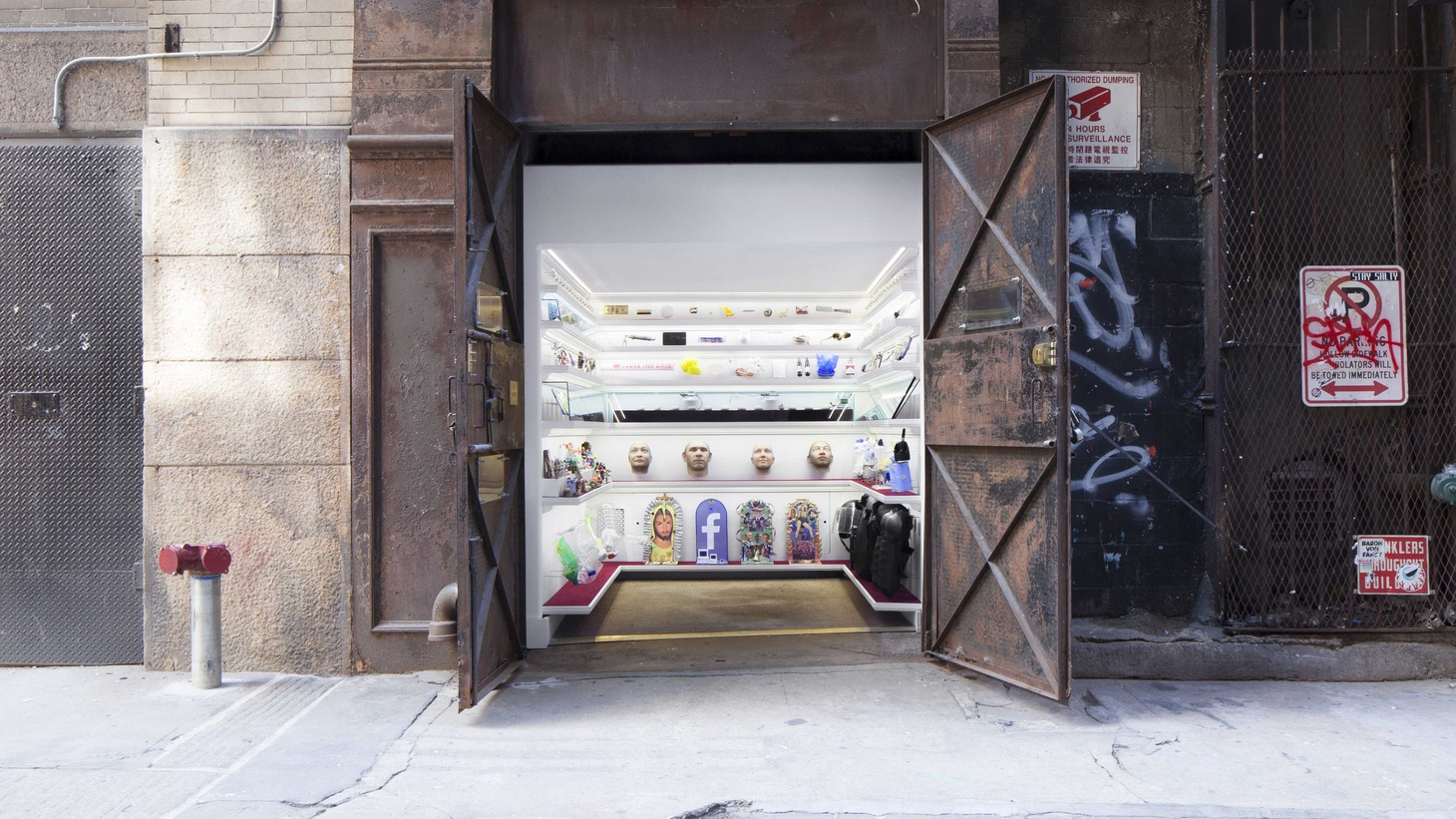 The Metropolitan Museum may have Queen Victoria's bedroom and the Temple of Dendur, but Alex Kalman's Mmuseumm in Lower Manhattan has Obama soap, Trump chocolate, and the curator's grandmother's closet. And it's open 24 hours.