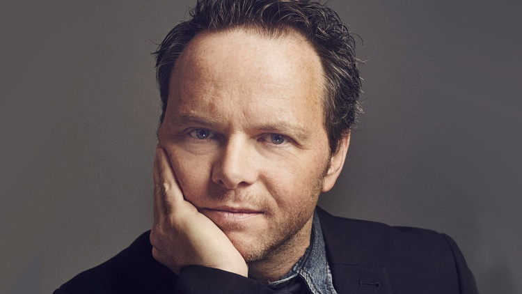 """How does Noah Hawley get so much writing done? He tells us he's discovered a """"rift in the space-time continuum."""""""