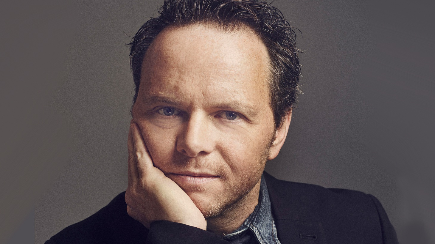 """How does Noah Hawley get so much writing done? He tells us he's discovered a """"rift in the space-time continuum."""" The novelist, screenwriter and TV writer-producer talks about his career arc and what he knows so far about the upcoming Legionand season three of Fargo, both on FX."""