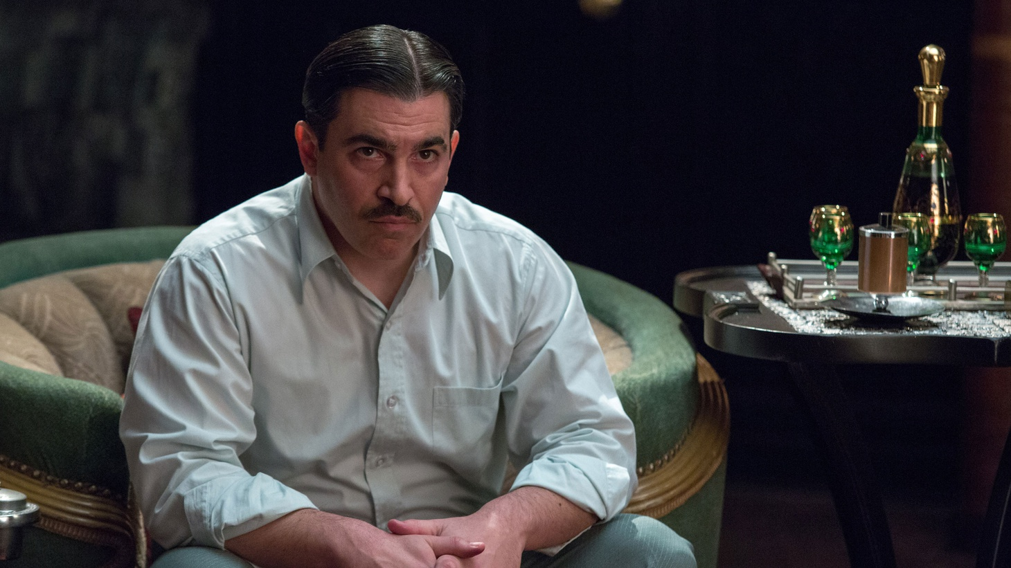 Actor Chris Messina visits The Treatment to discuss playing a prohibition-era gangster beside Ben Affleck in Live by Night.