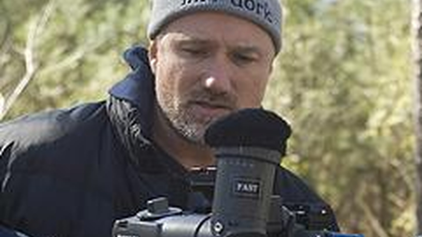 In just six films, director David Fincher (Seven, Panic Room, Fight Club)  has established themes and textures. So much so that his latest, The Curious Case of Benjamin Button, both conforms and contradicts that work. 