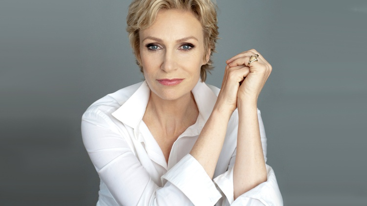 Glee actress Jane Lynch hits the road with her one-person cabaret show, See Jane Sing.
