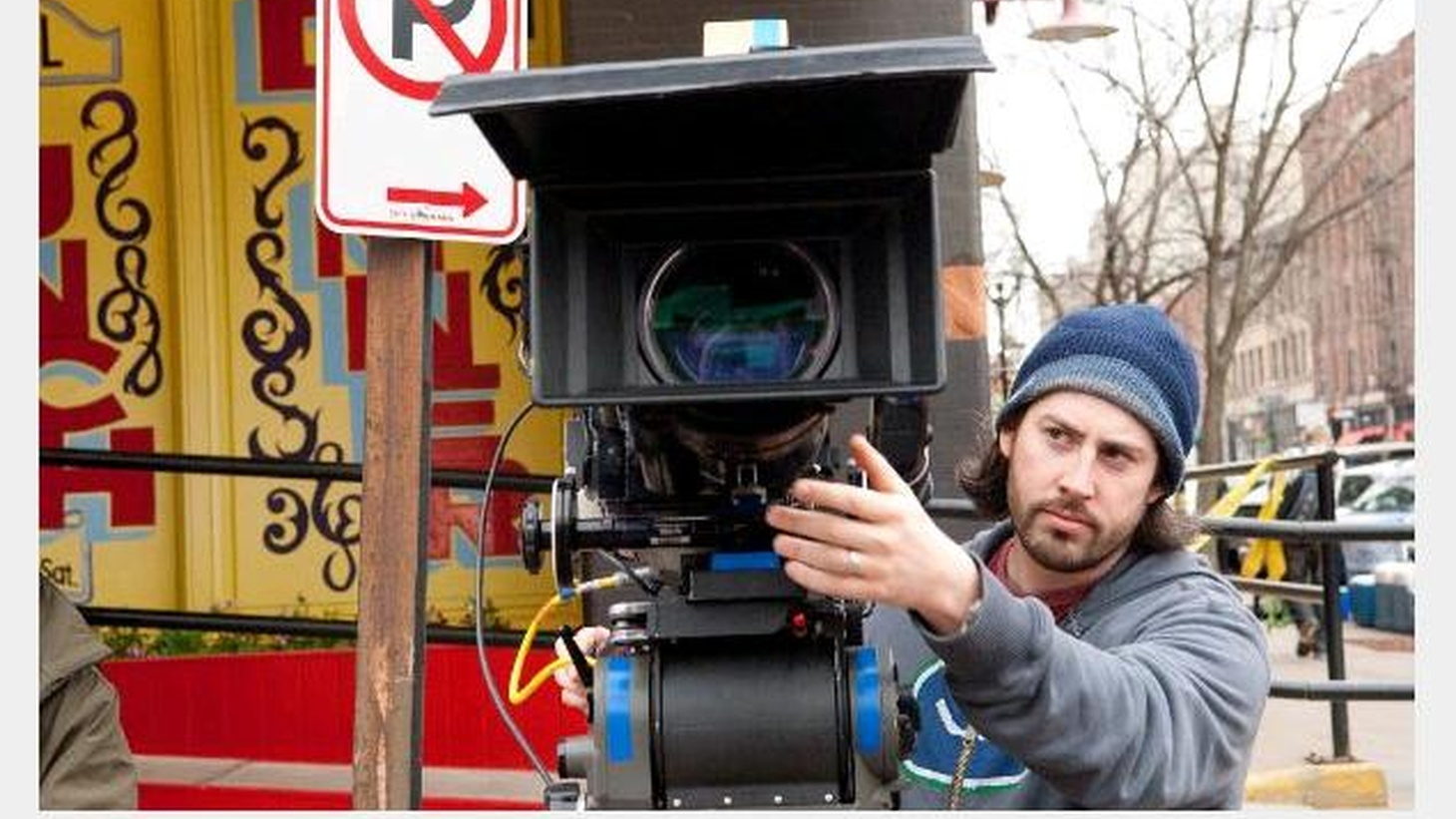 What's easier, directing your own screen play or someone else's? After Juno, Jason Reitman (Thank You for Smoking) has returned to directing his own, the adaptation of Up in the Air. He discusses what's smoother sailing.