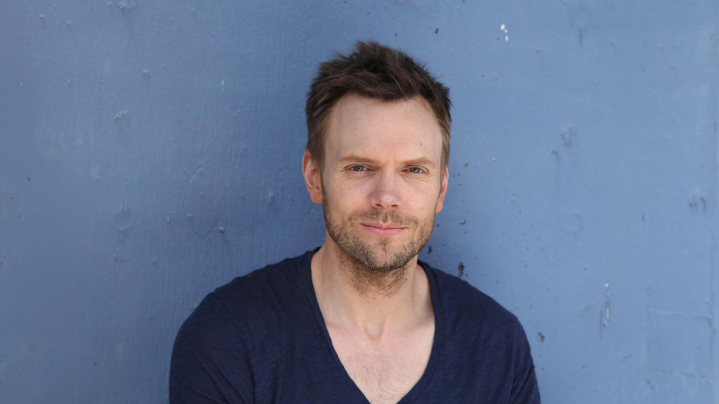 """Elvis Mitchell talks to actor Joel McHale, who stars in the NBC comedy """"Community"""" and hosts """"The Soup"""" on E! Entertainment Television."""