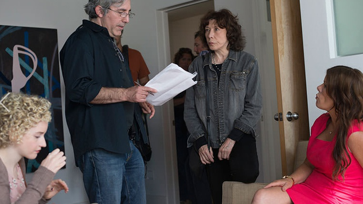 Tackling comedy on a smaller scale, director Paul Weitz discusses his new indie film,Grandma.