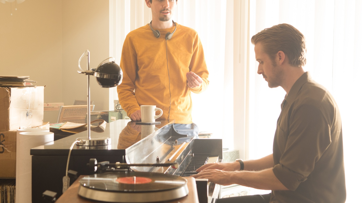 Actor Ryan Gosling and director Damien Chazelle join Elvis today to discuss keeping the musical La La Land uplifting.