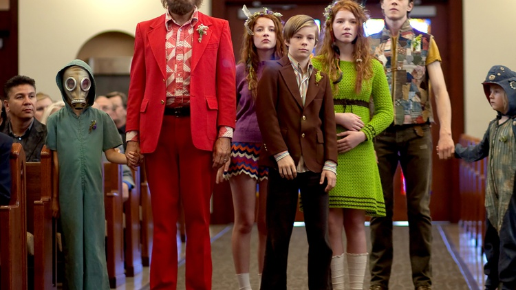 Ator Viggo Mortensen discusses the open-minded environment of director Matt Ross' set on the film Captain Fantastic.