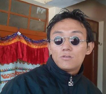 Lhakpa-sunglasses.jpg