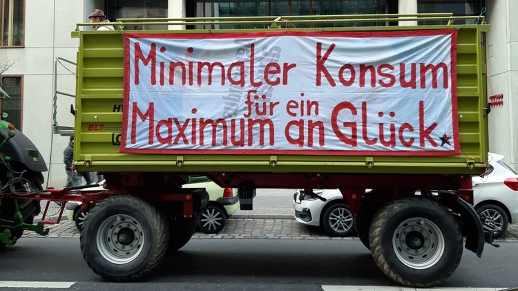 Berlin's Grüne Woche wraps up this weekend, reason enough to take a closer look at the debate over Germany's agricultural future.
