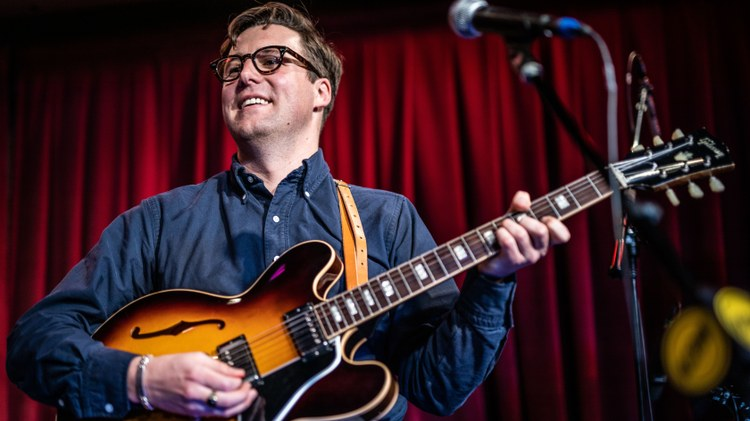 As the first artist to grace the stage for KCRW's Apogee Sessions this year, Nick Waterhouse did so with the exact degree of style and suavity you'd expect and then some.