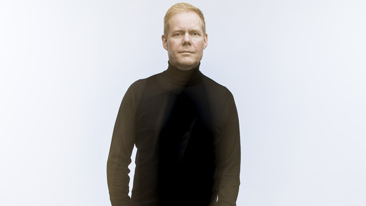 "Max Richter's ""Voices"" Offers a Global Vision of Humanity"