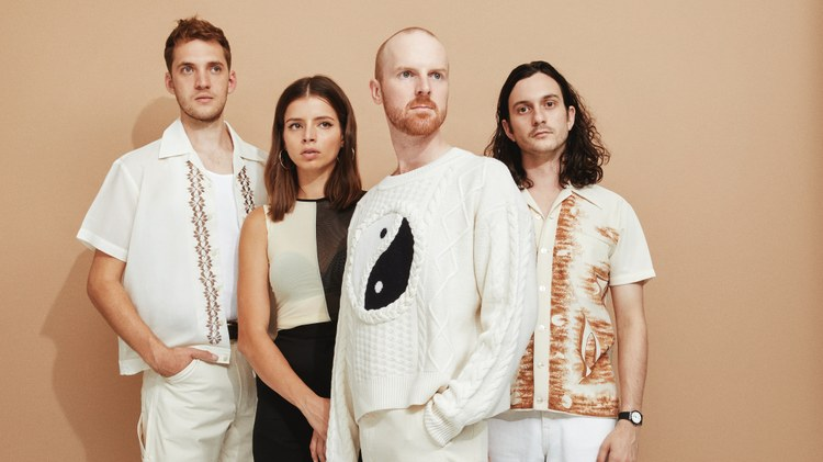 "Track Premiere: Australian band The Jungle Giants bring us ""Sending Me Ur Loving"""