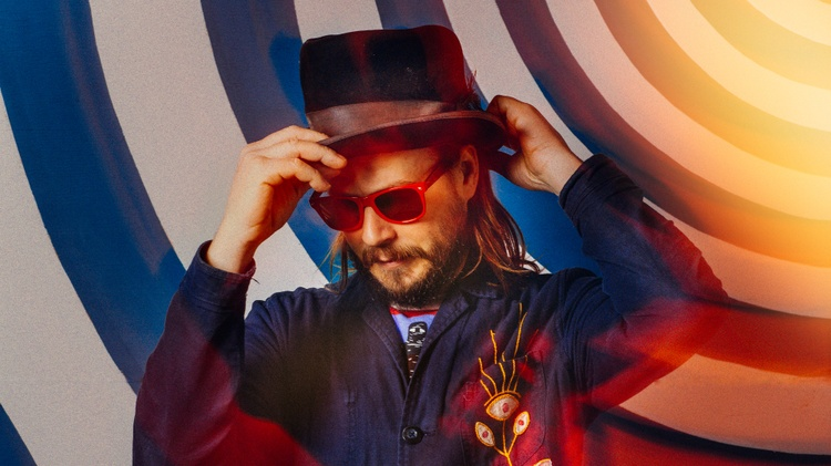 "Marco Benevento premieres ""Let It Slide,"" which explores yet another corner of the contemporary music scene, with a decided stripped-down new wave/krautrock vibe intermingled amongst…"