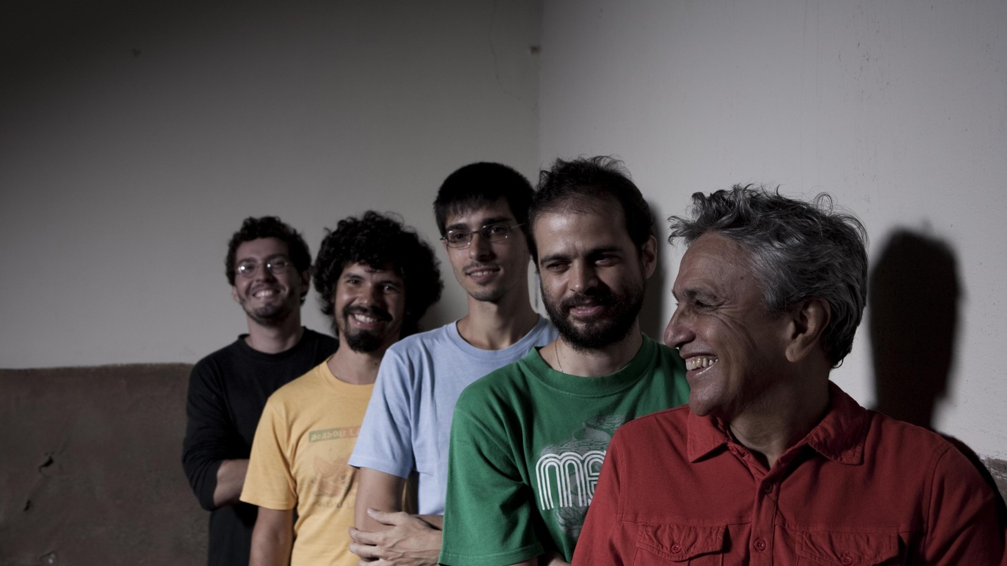 'Abracaco' serves as a nice capper that shows Caetano Veloso at his best, while also looking to the future.
