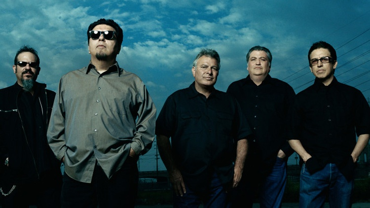 Gates Of Gold, the group's first album of new material in five years, practically bursts with the spirit of exploration that has marked Los Lobos' best work over the years. Musically and culturally, the band speaks to its audience in a way few others have or could.