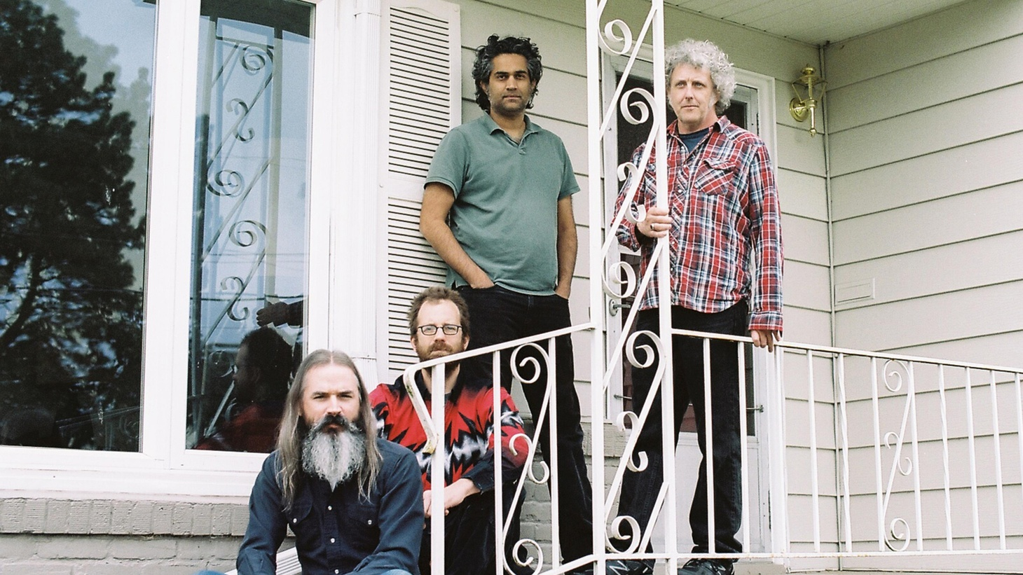Psychedelic rock band Wooden Shjips give a pretty clear sense of their philosophy from just their name...