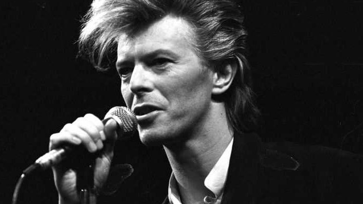 This show is all David Bowie as well as covers of his music. I'm not sure that I've ever loved doing a radio show more than I did this one and Sunday's. Music always tells the story better than I can in words.