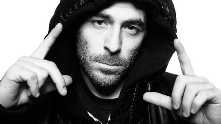 "When I hear an Alchemist beat I can always expect the it to hold its own weight as an instrumental with out the vocalist. Sometimes I scratch my head and think ""How did he do that?"" Alchemist is one of the most respected producers and beatmakers today."