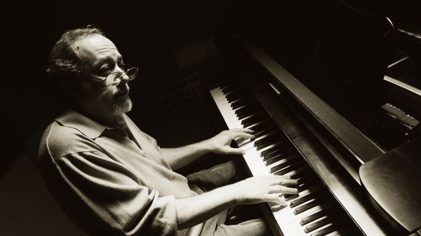 "An elegant and exquisite sense of musicality accompanies long-time jazz DJ Bo Leibowitz, where he ""plays sides"" in the wee small hours of Saturday morning. Listen On-Demand to the latest show."
