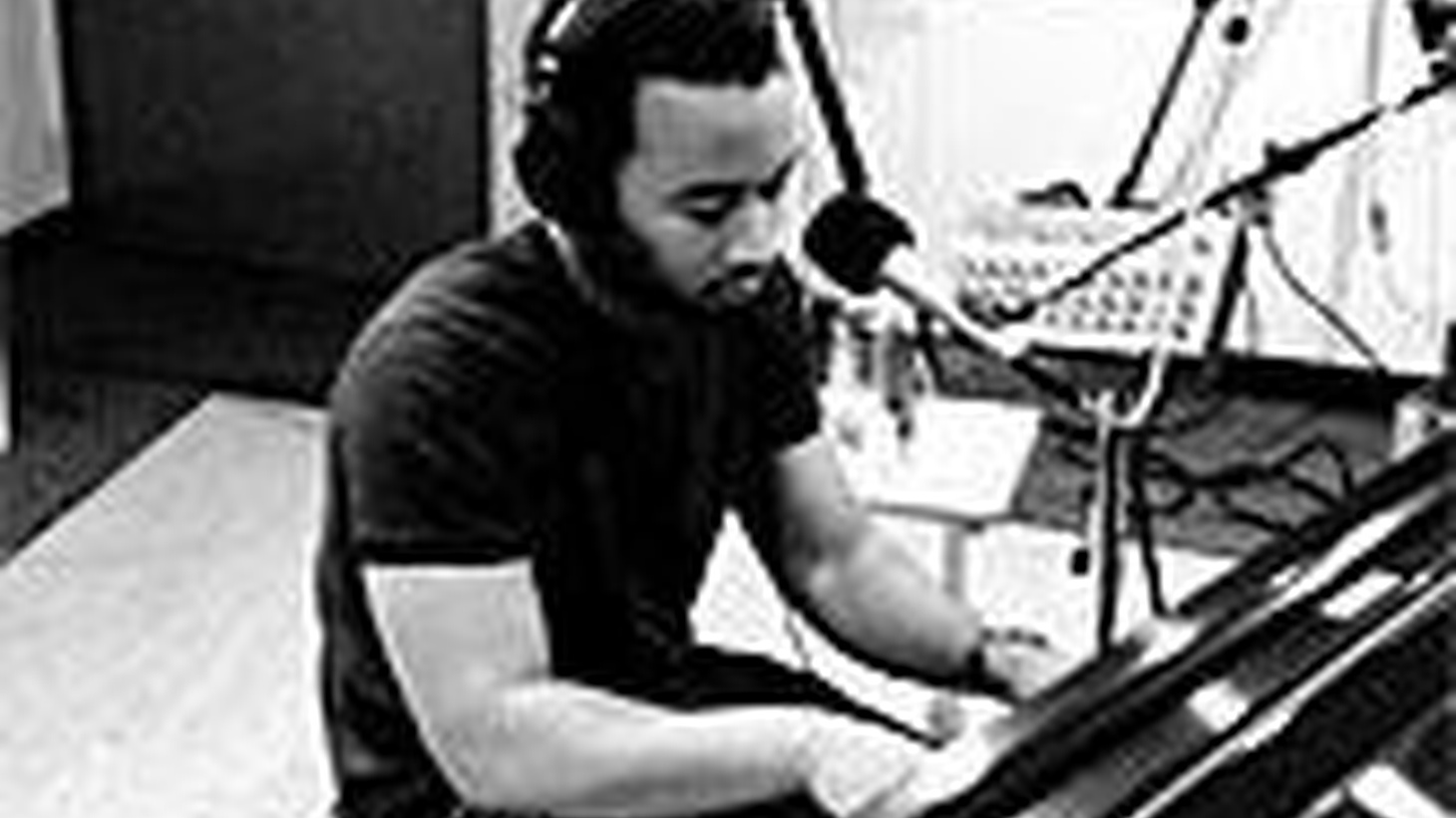 "This week on New Ground, a special visit with Grammy Award-winning superstar John Legend.  John talks with host Chris Douridas about the strong ambition he showed at an early age (he was salutatorian, student council president, and prom king in high school), meeting Kanye West in college, finding his voice on the new album ""Once Again"", and his love for the great Nina Simone.  He also gives us stunning performances of several tracks from the new collection - as well as a cover of Simone's classic take on ""Don't Let Me Be Misunderstood"". Get lifted with John Legend - on New Ground."