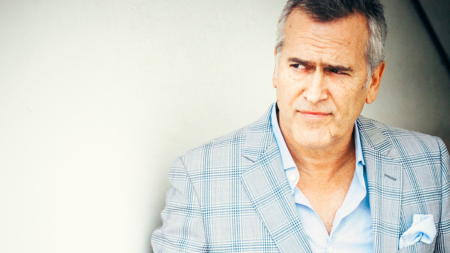 Actor Bruce Campbell, known for his starring role in the Evil Dead, picks a couple jukebox jams, a Tom Jones song he uses for motivation and a country favorite.