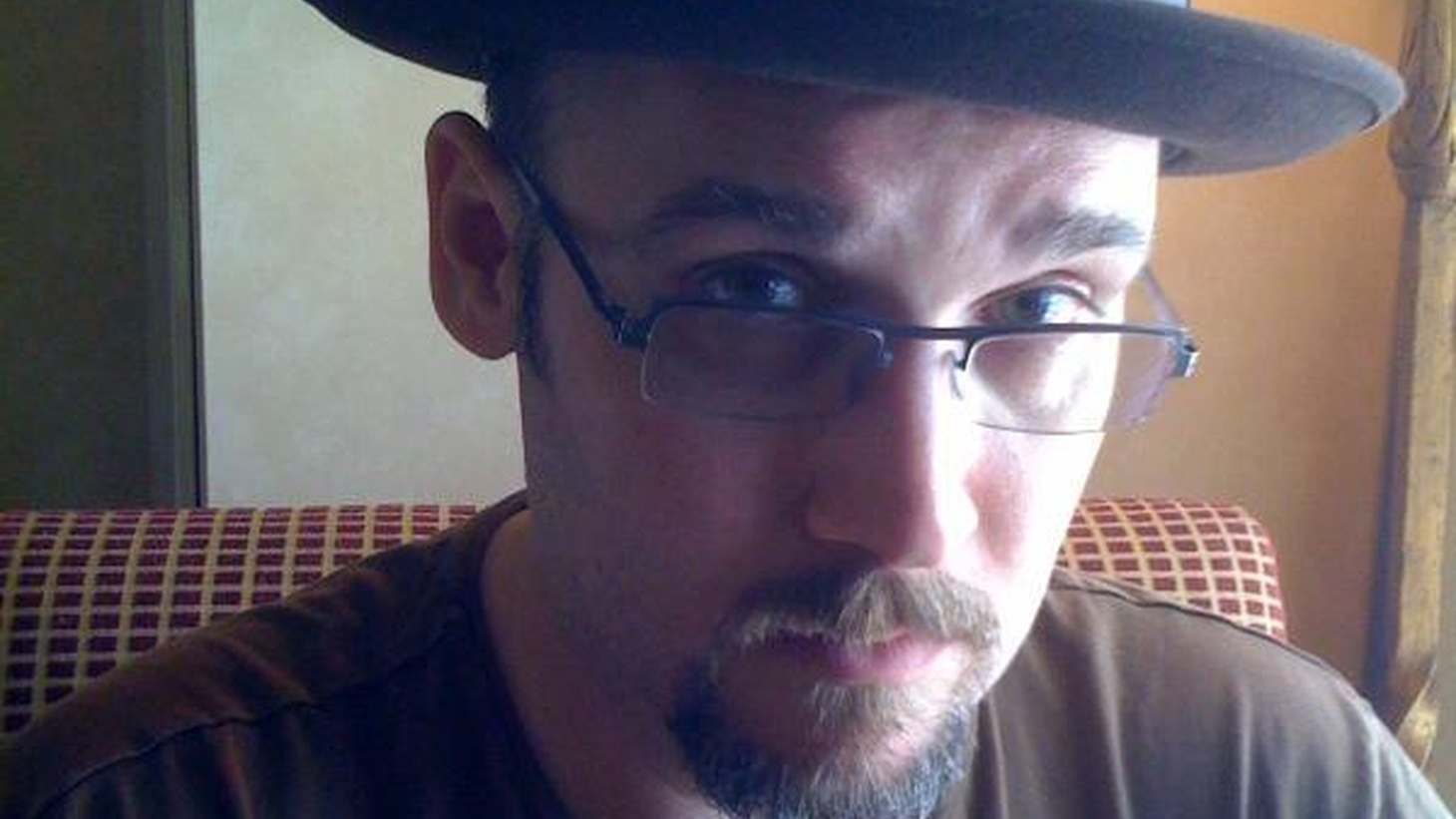 In honor of Comic Con, we wanted to revisit our Guest DJ Project set with award-winning comic book writer and graphic novelist Ed Brubaker. He does not shy away from dark themes in his work - or his song picks.