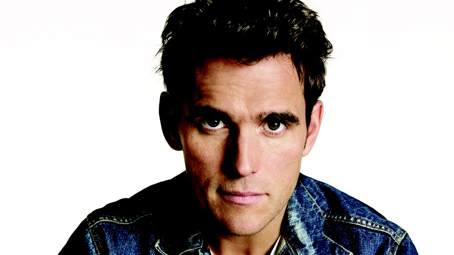 Actor Matt Dillon's deep appreciation for the Beat generation, hot jazz and Latin music is on display in his Guest DJ set. He also praises the Clash's musical exploration and tells us how Cuban scat singer El Gran Fellove inspires him as an actor.
