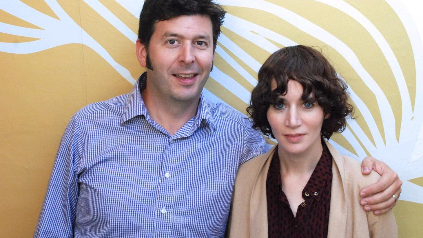 Filmmaker Miranda July is a true original and she gives us a glimpse into her creative process in her Guest DJ set – from the song that inspires her to sit down and write to how she chose music for a key scene in her movie The Future.