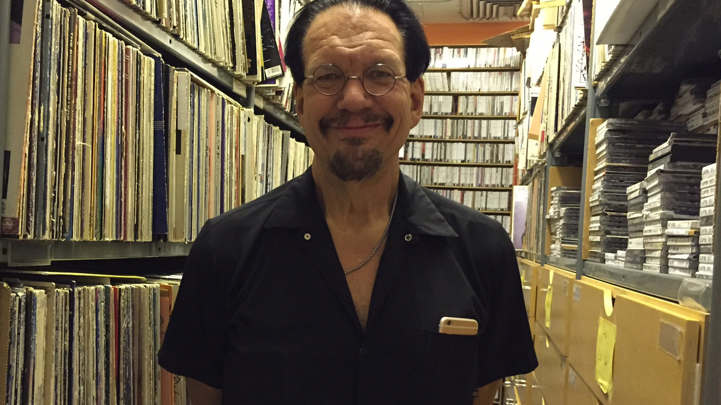 """Actor, author, and raconteur Penn Jillette, better known as half of the Emmy award-winning magic duo Penn and Teller, reveals all in his Guest DJ set. He talks about how a Frank Zappa concert inspired his career in entertainment, how """"word poems"""" are a rip off that resulted in the creation of beautiful music and delights in the avant-garde yet sexy sounds of The Residents."""