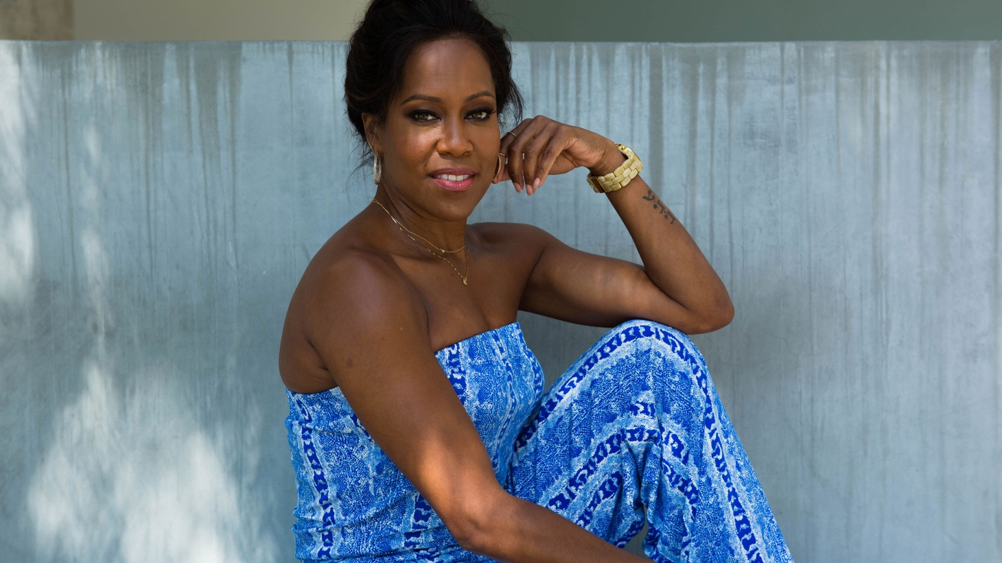 Actress and director Regina King made a name for herself early in her career in films like Friday and Boyz n the Hood. She's gone on to win two Emmy Awards for her role on ABC's American Crime and is nominated again this year. For her Guest DJ set, she moves from some sexy tracks to heartfelt selections dedicated to her family.