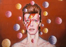 Bowie: A Crash Course for the Ravers
