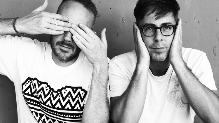 Jason is joined in studio by Felix Burton and Simon Ratcliffe of Basement Jaxx to talk about their place in the pantheon of EDM, their new album Junto and to share an exclusive mix of…