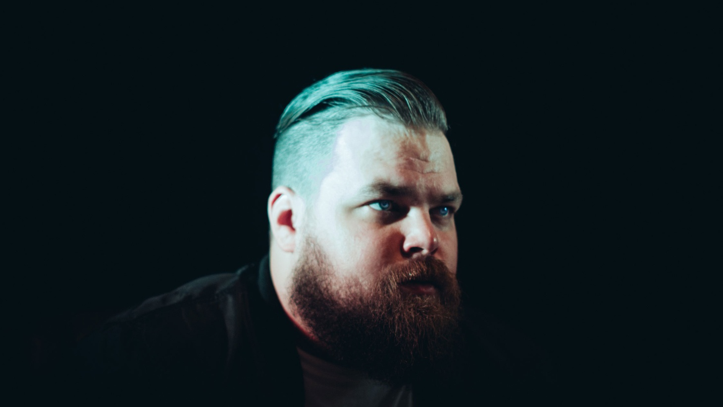 Com Truise is the latest pseudonym of producer and designer Seth Haley. Known for his playful nature and heady, melodic beats, the native New Yorker –now based in LA– shares an exclusive mix with us before a run of West Coast tour dates.
