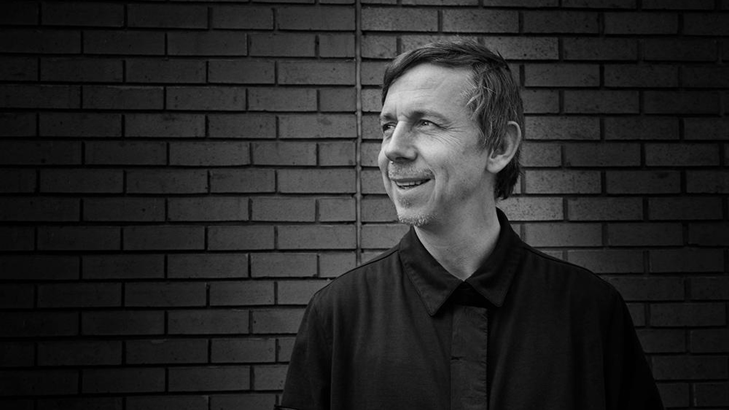 Influential BBC DJ Gilles Peterson made a rare West Coast trip recently for LA and SF club gigs and a special engagement at Sonos Studios in Hollywood, where he staged a live version of his acclaimed BBC6 radio show Worldwide for a packed house.