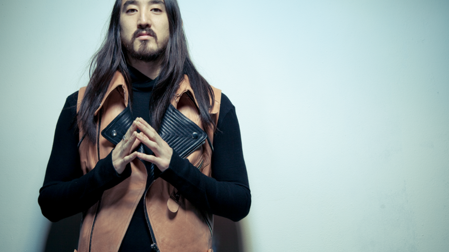 """LA native Steve Aoki grew up skateboarding and listening to Punk Rock. He later found the same DIY ethos of Punk in elements of alternative dance music. Through his Dim Mak brand, Steve has built an empire that includes a range of artists, clothing, and events. The son of entrepreneur, pro-wrestler, and founder of the Benihana restaurant chain Rocky Aoki, Steve applied some of the showmanship he saw in his father to the growing EDM scene and became a leading figure in the genre along the way. Steve sat down with KCRW Music Director Jason Bentley for our Electrospective interview this week. Electrospective is Produced by EMI Music in association with KCRW. Select """"listen"""" below for a stream of an Aoki-inspired music mix leading up to the conversation with Steve, or choose """"download"""" to podcast the interview-only version of Electrospective. For more information, go to www.electrospective.com and watch this space for a new guest interview each week."""