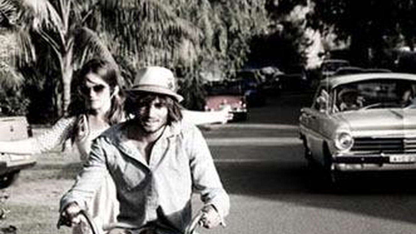 Aussie artists Angus and Julia Stone make their debut on Morning Becomes Eclectic at 11:15am.
