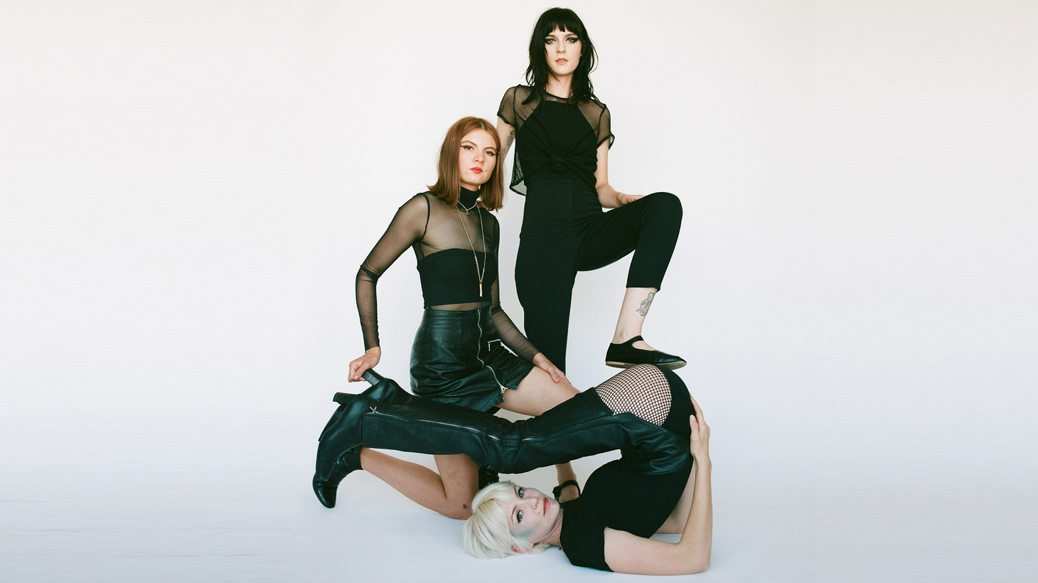 Automatic has landed on many of our DJ's Top Ten lists of 2019. The Los Angeles post-punk trio comprises of Izzy Glaudini, Lola Dompé and Halle Saxson and blew the LA music scene with their debut album Signal.