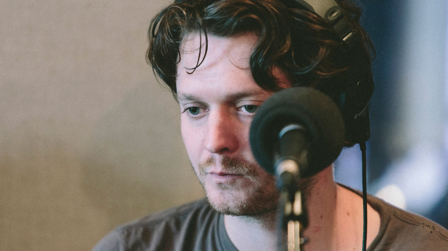 Zach Condon recorded his debut album as Beirut at age 18 after dropping out of college and running away to Paris. A decade later, he found creative inspiration in his newest international home – Turkey -- for his fourth album, No No No. He plays songs from across his discography in this live session recorded at Cutting Room Studios in New York.