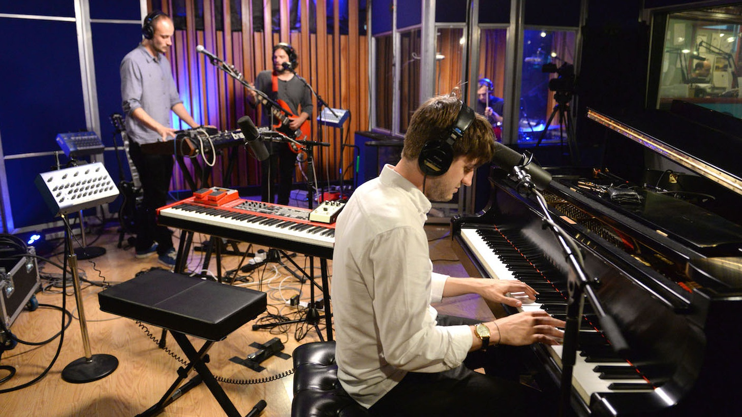 Boxed In's debut album has been a KCRW favorite for months now and we welcome the London-based quartet -- led byproducer/songwriter Oli Bayston -- into our studio for a live session.
