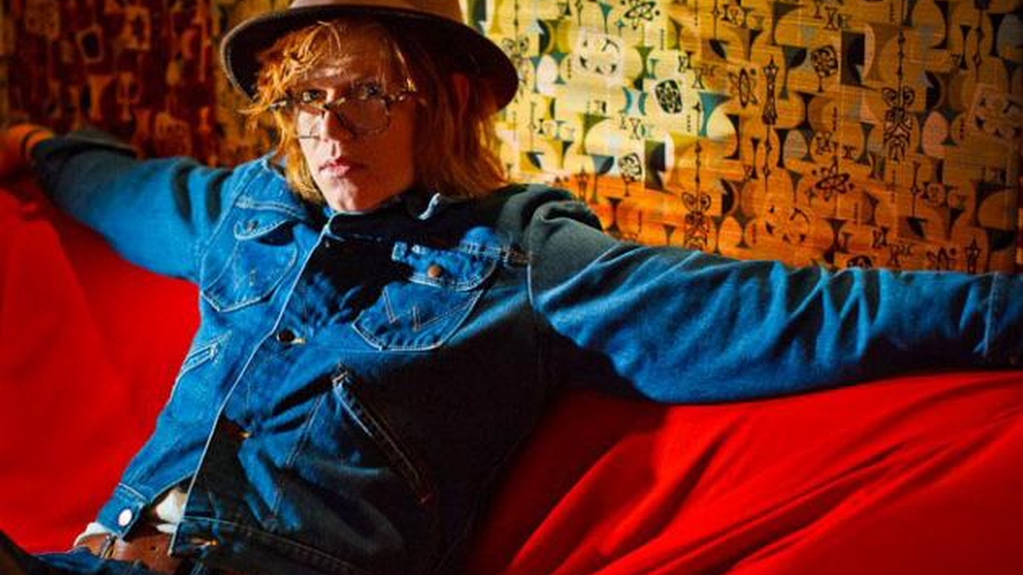 His star has been rising steadily since his debut but we think it's time for the whole world to take notice of Brett Dennen's expert pop songcraft...