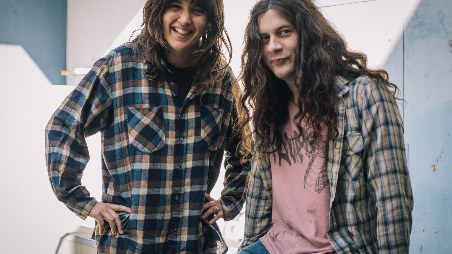 Two gifted songwriters have joined forces for a collaborative project and it is a perfect representation of their collective talents.Courtney Barnett and Kurt Vile will make their live radio debut on MBE.