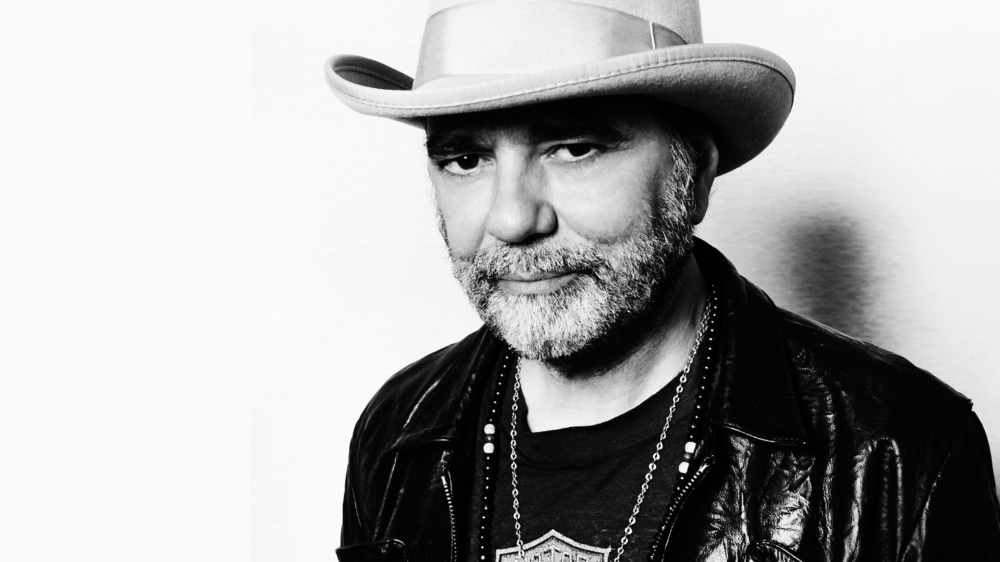 Iconic producer Daniel Lanois has an extraordinary musical palette, having worked with everyone from Brian Eno to U2.