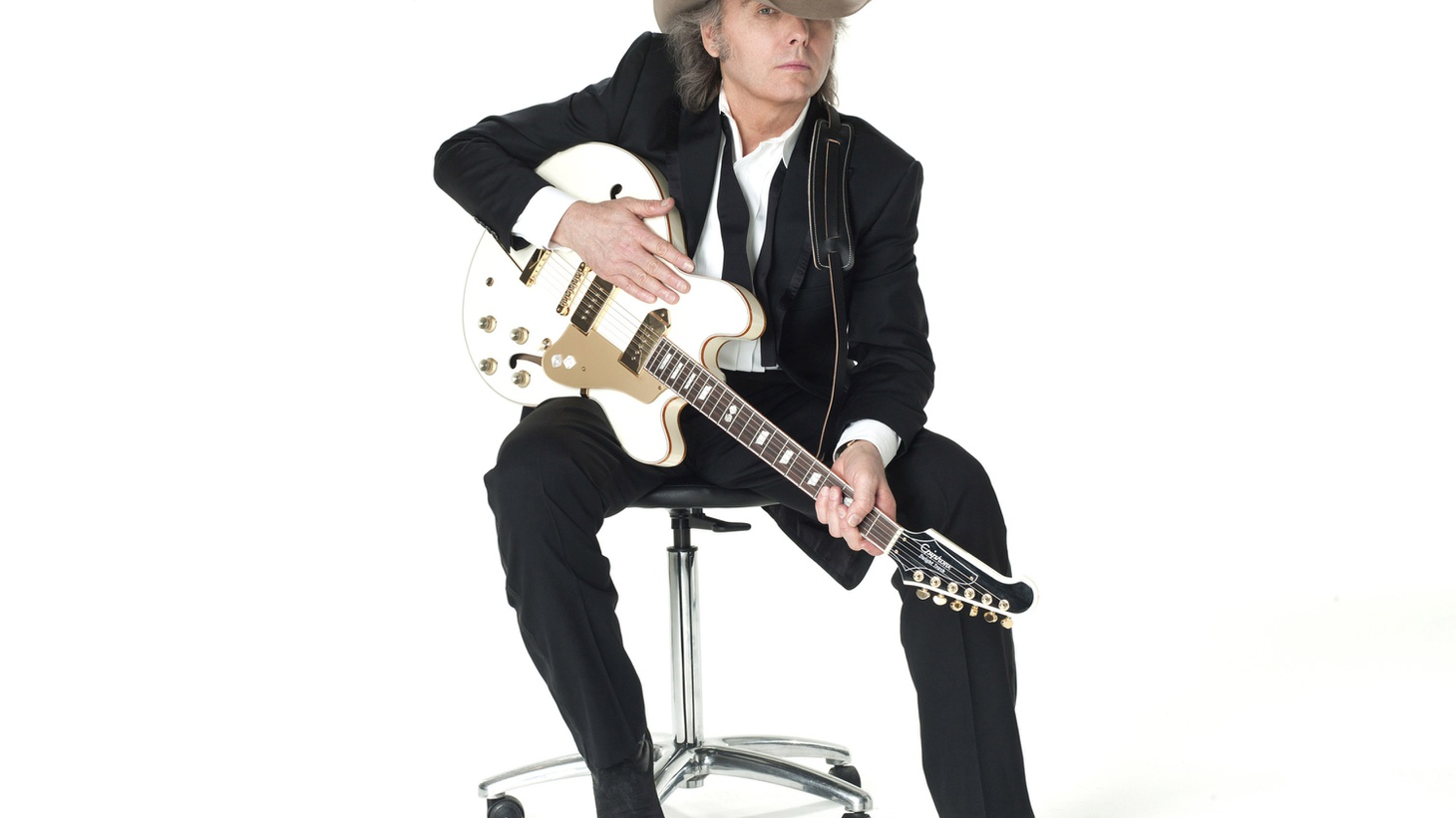 Dwight Yoakam has sold 25 million records worldwide thanks to his unique combo of rock and country.